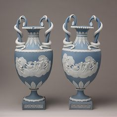Pair of vases Josiah Wedgwood and Sons  (1759–present)