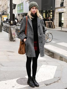 winter fashion, You can collect images you discovered organize them, add your own ideas to your collections and share with other people. Style Casual, Casual Chic, Cool Style, My Style, Winter Looks, Look Blazer, Winter Mode, Winter Stil, Street Style