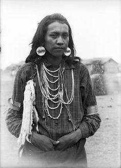 Michael, a Native American young man on the Flathead Indian Reservation in western Montana - Boos - 1905/07