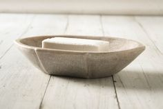 Soft and sturdy, this luxurious limestone soap dish is a wonderful minimalist piece. Limestone is soft and will chip if dropped. Cottage Bath, Bath Accessories, Dish, Tableware, Soaps, Bathrooms, Kitchens, Powder, Mountain