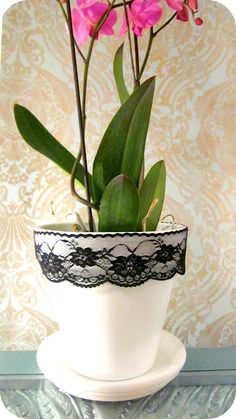 Lacy Flower Pot DIY!