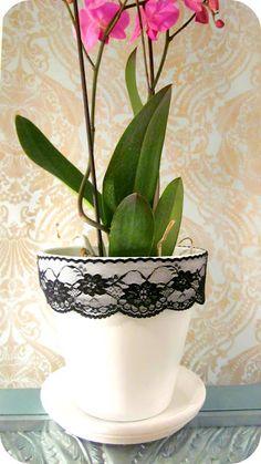 Lacy Flower Pot DIY!