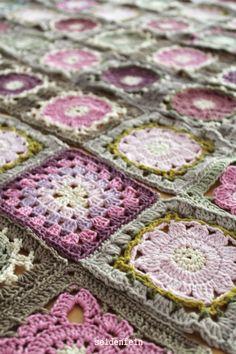 seidenfeins Dekoblog: Häkeldecke aus Patchwork - Grannys * crochet blanket no. 3