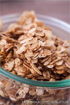 Leckeres Geschenk aus der Küche: Selbstgemachtes Knuspermüsli – das allerbeste Granola | http://www.backenmachtgluecklich.de