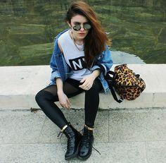 Zara Tee, Levi's Denim Jacket, H Leo Bag, H Boots, Ebay Ankle Bangle, Ebay Leggins, Romwe Sunnies