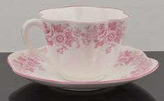 Vintage & Scarce Superb ROSE and DAISY PINK DAINTY SHELLEY CUP & SAUCER 0275 NR
