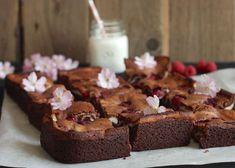 Raspberry-Cream Cheese Brownie