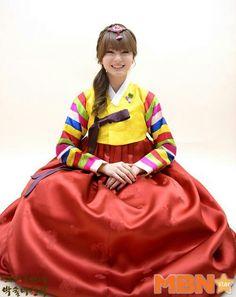 Shannon Star Fashion, Girl Fashion, Korean Dress, Korean Star, Arts And Entertainment, Kpop, Album, Lady, Pretty