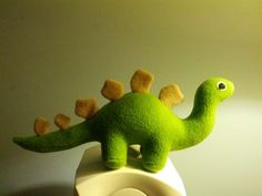 little black teapot: Let's see all the Plush Dinosaurs you've made!