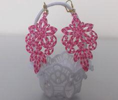 Boucles d'oreilles  dentelle brodée rose