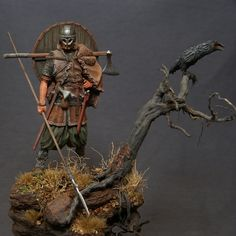 Viking with raven | planetFigure | Miniatures
