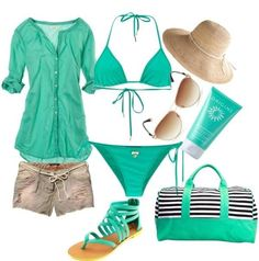 Outfits playa color Aqua