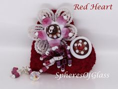 Red Heart Handmade Felt and Lampwork Bead Brooch от spheresofglass