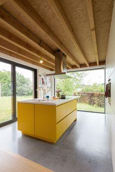 Kitchen Units, New Kitchen, House Extension Design, House Design, Kitchen Interior, Kitchen Design, Ideas Terraza, Plywood Kitchen, Cuisines Design