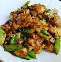 Best easy Panda Express Chinese Black Pepper Chicken recipe is what you have . Recipes With Chicken And Peppers, Chicken Stuffed Peppers, Recipes With Celery, Chicken Bell Pepper Recipes, Jerk Chicken, Chicken Wraps, One Pot Chicken, Crispy Chicken, Food Dishes
