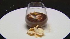 Masterchef: Spiced Poached Meringue with Chocolate Custard and Baked Meringues Masterchef Recipes, Baked Meringue, Delicious Desserts, Dessert Recipes, Masterchef Australia, Chocolate Custard, English Food, Tray Bakes, Sweet Tooth