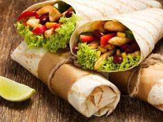 Receta de Burritos Teotihuacán | Ricos burritos estilo teotihuacán van acompañados con frijoles, la tortilla es de maíz pero puedes usar tortilla de harina o de nopal, te quedarán deliciosos.