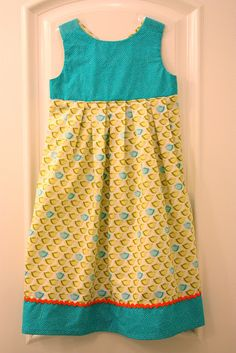 Cute free dress pattern and tutorial