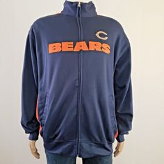 New Chicago Bears Full Zip Hoodie. Chicago Bears Super Bowl, Nfl Chicago Bears, Men's Coats And Jackets, Winter Jackets, Nfl Shirts, Bear Men, Nfl Team Apparel, Hooded Sweater, Men Casual