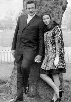 Johnny Cash and June Carter, in Hyde Park, 1968