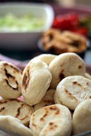 Początkująca pani domu: Bułeczki smażone na patelni. India Food, Bread, Vegetables, Cooking, Breakfast, Desserts, Impreza, Fancy, Goals