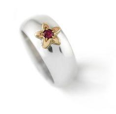 Handmade Argentium & Yellow Gold Domed daisy Ring Set With Semi Precious Gemstone Daisy Ring, Bespoke Jewellery, Bespoke Design, Semi Precious Gemstones, Jewelry Shop, Gemstone Rings, Yellow, Silver, Gold