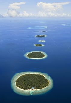 ONce in a lifetime Maldives honeymoon | Photography: Black Tomato
