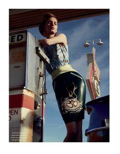 http://fashiongonerogue.com/marique-schimmel-benny-horne-bon-international-ss-2012/