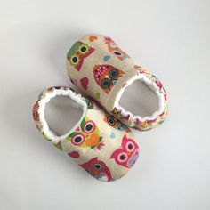 having a hoot Baby shoes by DottyRobin on Etsy