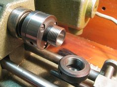 E16 collet chuck for the Unimat SL can hold ER16 collets