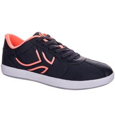 Check out our New Product  TS730 L womens light tennis shoes in black and pink COD Made for women who play OCCASIONALLY with low intensity footwork, on all types of surfaces.Versatile sports shoes, excellent ventilation, easy care. Trendy, affordable trainers with a durable and non-marking rubber sole  ₹2,309