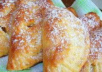 Bredele with hazelnut and candied cherries - HQ Recipes Empanadas, Eastern European Recipes, Cherry Candy, Czech Recipes, Breakfast Bake, Cheesecakes, Quick Easy Meals, Coco, Sweet Recipes