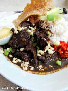 Rawon Ngawi 'Nendang'