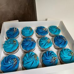 """@erinas_eats on Instagram: """"Blue is my favourite and that's why I love these. Chocolate Hazelnut too? I want"""" Chocolate Hazelnut, Cakes, Love, Desserts, Instagram, Amor, Tailgate Desserts, Deserts, Cake Makers"""