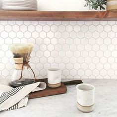 A roundup of beautiful backsplash ideas in all price price points. Image Source: Anna Bode