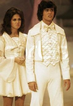 Donny and Marie (Look at their faces...haha)