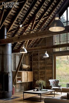 In Cashmere, Washington, MW/Works Architecture + design and Nelleen Berlin interior design collaborated on a barn conversion facing the Cascade Mountains.