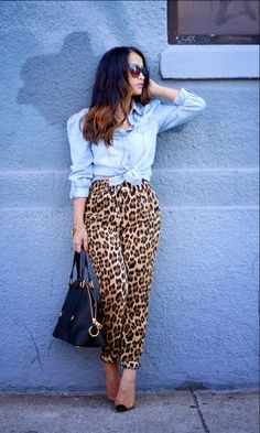 Awesome leopard print pants  | animal print | | animal print decor | | animal prints and pattern |     http://www.thinkcreativo.com/