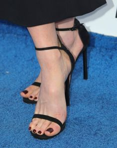 Share, rate and discuss pictures of Kate Beckinsale's feet on wikiFeet - the most comprehensive celebrity feet database to ever have existed. Stilettos, Stiletto Heels, Kate Beckinsale Pictures, Talons Sexy, Teen Feet, Sexy Sandals, Gorgeous Feet, Sexy Toes, Female Feet