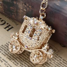 17.00$  Watch here - http://vivrn.justgood.pw/vig/item.php?t=ygar0i25566 - Shimmering Fairy Tale 18K Golden Plated Rhinestone & Cz Carriage Key Chain New 17.00$