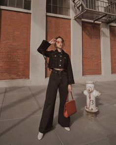 Korean Fashion Trends, Korean Street Fashion, Korea Fashion, Asian Fashion, Aesthetic Fashion, Aesthetic Clothes, Tv Show Outfits, Casual Outfits, Fashion Outfits