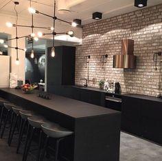 45 best kitchen interior design remodel ideas for your new year 41 Loft Industrial, Industrial Kitchen Design, Interior Design Living Room, Industrial Kitchens, Minimal Kitchen Design, Black Kitchens, Cool Kitchens, Small Kitchens, Küchen Design