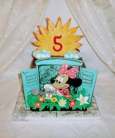 Minnie mouse by Édesvarázs Toy Chest, Snow Globes, Cake Decorating, Minnie Mouse, Flower Cakes, Flowers, Toy Boxes, Flower, Mini Mouse