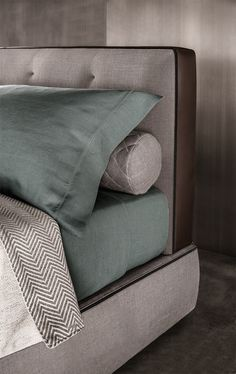 Bed BEDFORD by Minotti design Rodolfo Dordoni