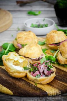 roast beef profiteroles with horseradish cream[EXTRACT]roast beef profiteroles with horseradish cream