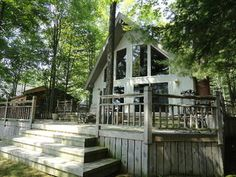 Great Deck at this Chalet!  3848 Thendara, Gladwin, MI.