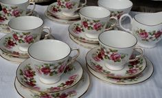 20 piece Queen Anne english china tea set by teresamarymurphy,etsy