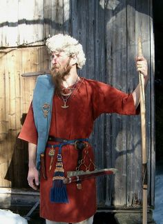 Man´s costume from ironage Finland by *Halla*, via Flickr
