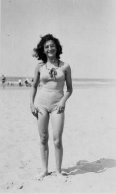 Margot Frank at the beach of Zandvoort, Margot Frank, Anne Frank, Irena Sendler, Amsterdam Holland, Rosa Parks, Celebrity Travel, History Photos, Historical Pictures, Angels