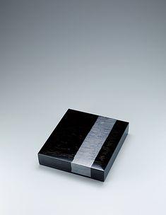 山下義人 石橋蒟醬色紙箱